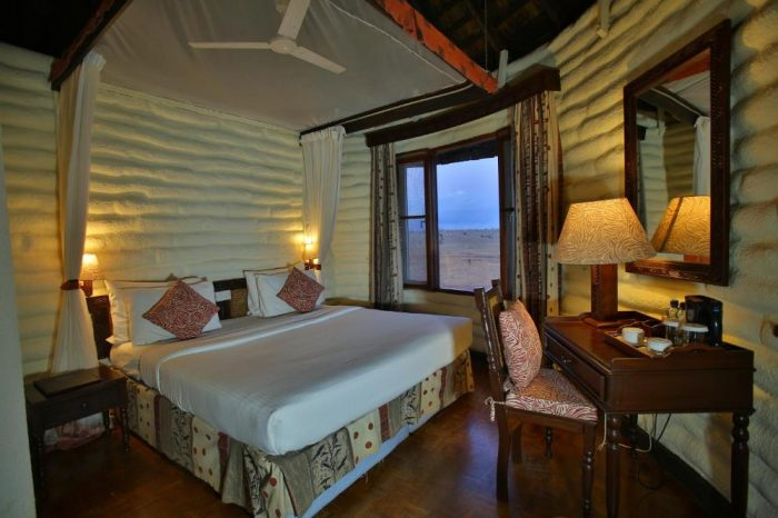 Salt Lick Safari Lodge – Tsavo