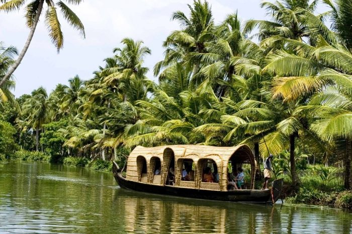 Kerala 8 Nights Holiday – India