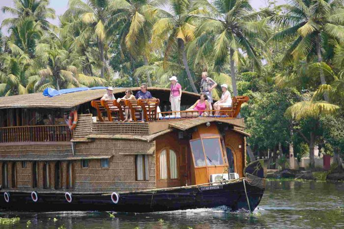 Kerala 6 Nights Holiday – India